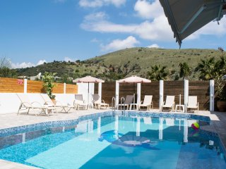 Villa Fantasia walking distance to the sea - Georgioupolis vacation rentals