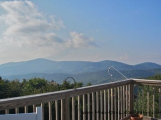 5BR, Breath Taking Views, Hot Tub, Ping Pong, Pool Table, Central Location - Seven Devils vacation rentals