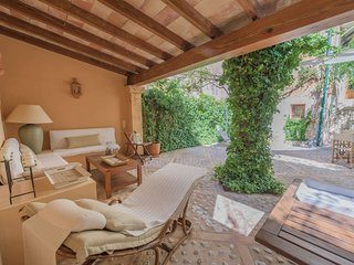 Bright House with Internet Access and Television - Soller vacation rentals