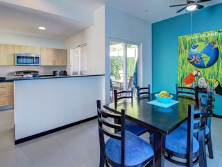 Comfortable 2 bedroom Jaco House with Internet Access - Jaco vacation rentals