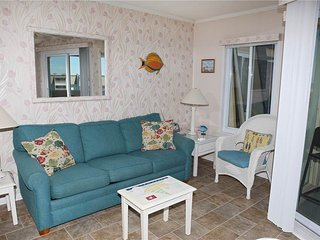 Beautiful 1 bedroom Atlantic Beach Apartment with Internet Access - Atlantic Beach vacation rentals