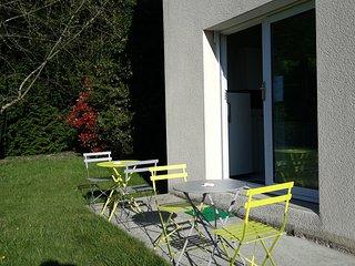 Hébergement T2 La Forge Mouazé - Saint-Aubin-d'Aubigne vacation rentals