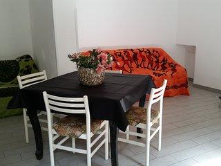 Affittasi appartamento arredato per brevi o lunghi soggiorni (Valledolmo) - Caltavuturo vacation rentals