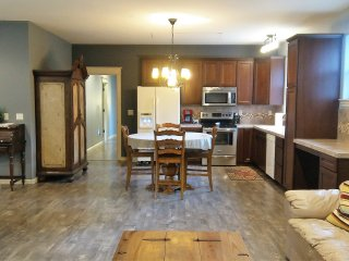 Nice Condo with Internet Access and A/C - Washougal vacation rentals