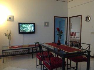 Appartamento comodo al dentro e lungomare con parcheggio - Sturla vacation rentals