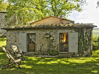 2 bedroom Villa in Vivo d'Orcia, Siena, Italy : ref 2259019 - Vivo d'Orcia vacation rentals
