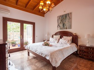 3 bedroom Villa with Internet Access in Cercados de Espinos - Cercados de Espinos vacation rentals