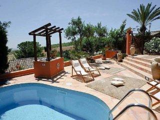2 bedroom Villa in Buseto Palizzolo, Sicily, Italy : ref 2269000 - Ballata vacation rentals