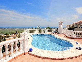 Beautiful 2 bedroom House in Pego - Pego vacation rentals