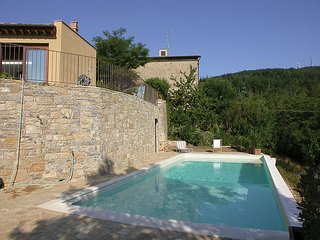 2 bedroom Villa in Badiaccia A Montemuro, Tuscany, Italy : ref 2269852 - Arezzo vacation rentals