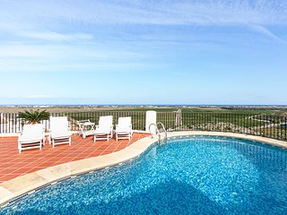 Comfortable 3 bedroom Pego House with Internet Access - Pego vacation rentals