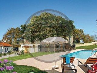 3 bedroom Villa in Porec-Radmani, Porec, Croatia : ref 2277517 - Zbandaj vacation rentals