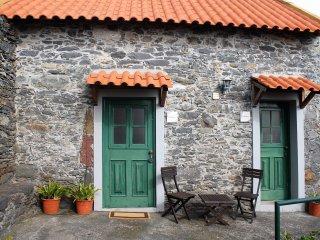 Nice 1 bedroom Faja da Ovelha Villa with Deck - Faja da Ovelha vacation rentals