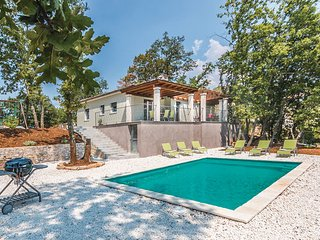 3 bedroom Villa in Vodnjan-Sarici, Vodnjan, Croatia : ref 2278383 - Divsici vacation rentals
