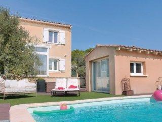 2 bedroom Villa in Vedene, Vaucluse, France : ref 2279147 - Vedene vacation rentals