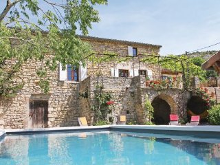 3 bedroom Villa in Rochecolombe, Ardeche, France : ref 2279363 - Saint-Maurice-d'Ardeche vacation rentals