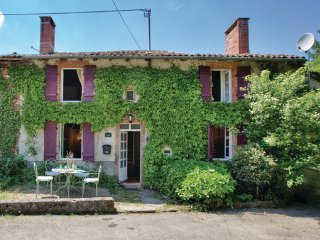 2 bedroom Villa in Rochechouart, Haute-vienne, France : ref 2279475 - Vayres vacation rentals