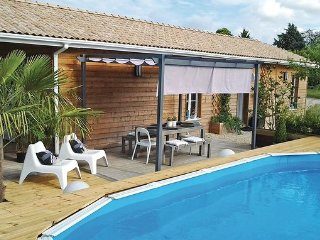 2 bedroom Villa in Saint-Michel-L Ecluse-et-Lepar, Dordogne, France : ref - La Roche Chalais vacation rentals