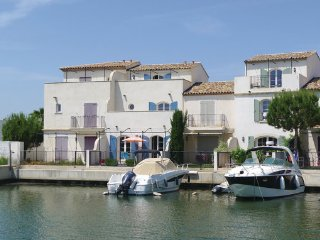 4 bedroom Villa in Aigues-Mortes, Gard, France : ref 2279538 - Aigues-Mortes vacation rentals