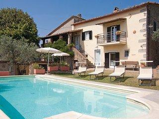 4 bedroom Villa in Cortona, Arezzo / Cortona And Surroundings, Italy : ref - Camucia vacation rentals