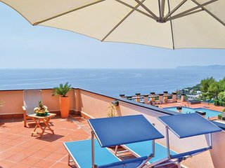 2 bedroom Apartment in Varazze, Riviera Di Ponente, Italy : ref 2279957 - Varazze vacation rentals