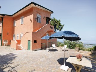 7 bedroom Villa in Rocca di Papa, Latium Countryside, Italy : ref 2280366 - Rocca di Papa vacation rentals