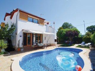 4 bedroom Villa in Tordera, Costa De Barcelona, Spain : ref 2280901 - Tordera vacation rentals
