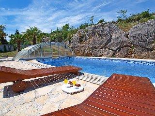 3 bedroom Villa in Drnis, Central Dalmatia, Croatia : ref 2283213 - Drnis vacation rentals