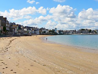 3 bedroom Villa in Saint Malo, Brittany   Northern, France : ref 2284279 - Saint-Malo vacation rentals