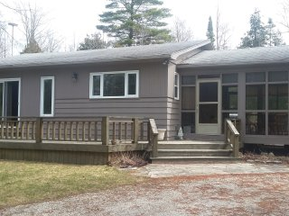 Family Cottage rental in Sauble - Sauble Beach vacation rentals