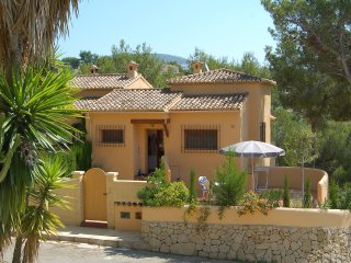 Beautiful House with A/C and Shared Outdoor Pool - La Llobella vacation rentals