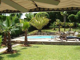 2 bedroom Villa in Navata, Costa Brava, Spain : ref 2286448 - Navata vacation rentals