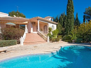 Bright 2 bedroom House in Altea - Altea vacation rentals