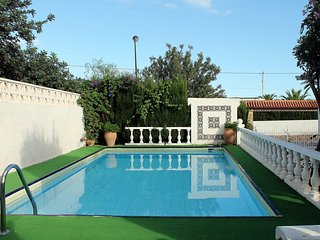Bright House with Internet Access and A/C - L'Alfas del Pi vacation rentals