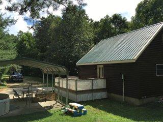Hawk's Nest Cabin 1st Choice Cabin Rentals Hocking Hills Ohio - Nelsonville vacation rentals