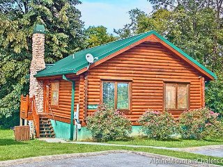 Skinny Dippin - Pigeon Forge vacation rentals
