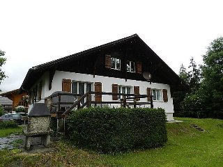 4 bedroom Apartment in Gstaad, Bernese Oberland, Switzerland : ref 2297104 - Saanen vacation rentals
