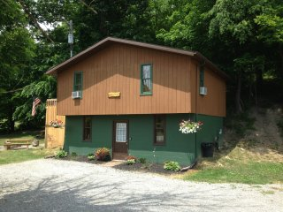 Sandy Run Cabin 1st Choice Cabin Rentals Hocking Hills Ohio - Carbon Hill vacation rentals