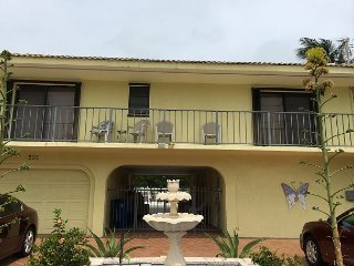Canal, pool, 2 bedrooms and a great breezeway! Key Colony Beach, Florida Keys - Key Colony Beach vacation rentals