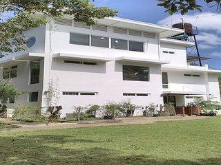 Beautiful 3 bedroom House in Loon - Loon vacation rentals