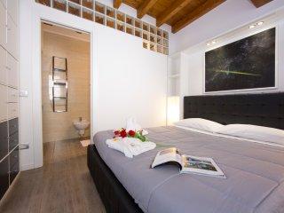 MEDIOEVO II Apartment - Como vacation rentals