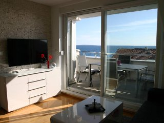 Knez 2 modern & sea view apartment for 6 people - Novalja vacation rentals