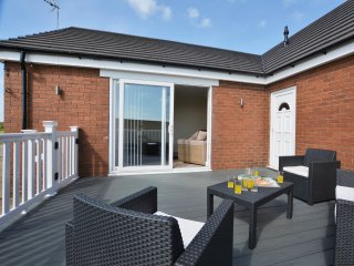 3 bedroom House with Internet Access in Bempton - Bempton vacation rentals