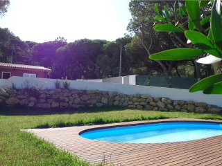 House in Portugal with swimming pool 5 min from beach - Colares vacation rentals