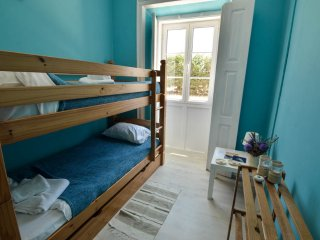 Stylish Twin room with breakfast at the Surf Paradise - Sagres vacation rentals