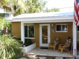 Studio located 50 yards from ocean, Unit 9 - Grassy Key vacation rentals