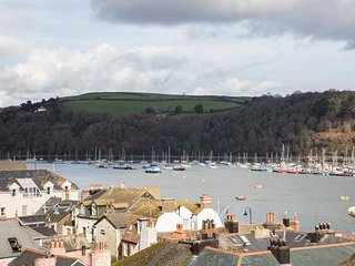 The Gallery is a short walk from the town centre and the historic Bayards Cove - Dartmouth vacation rentals