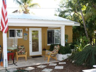 Studio located 50 yards from ocean, Unit 10 - Grassy Key vacation rentals