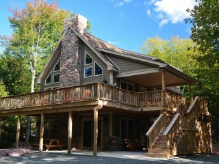 Lake Harmony's Ledgestone Lodge - Lake Harmony vacation rentals