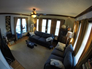 2 bedroom Condo with Internet Access in West Allis - West Allis vacation rentals